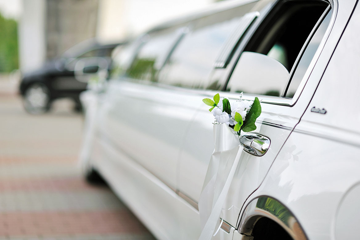 What are the Wedding Limo Rental Prices? | Majestic Limos